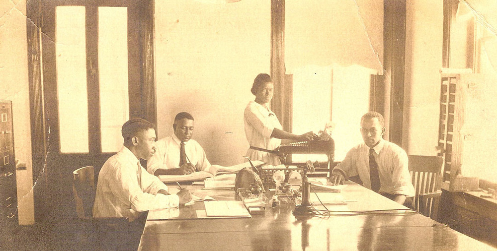 african_american_office_workers_hempstead_tx-jpg