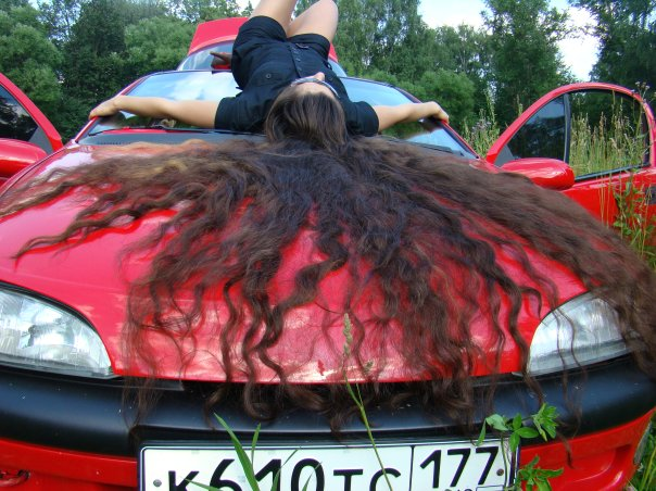 car_girl_very_long_hair_01-jpg