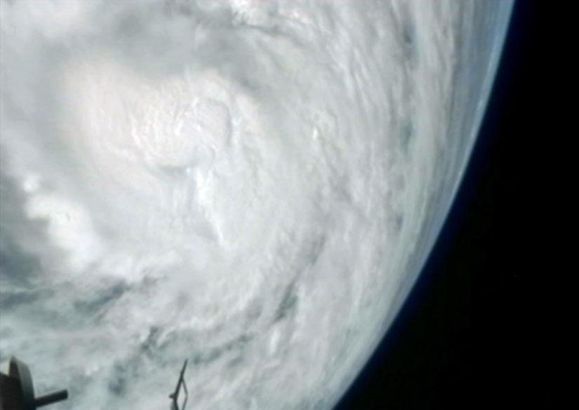 hurricane-sandy-space-station-jpeg