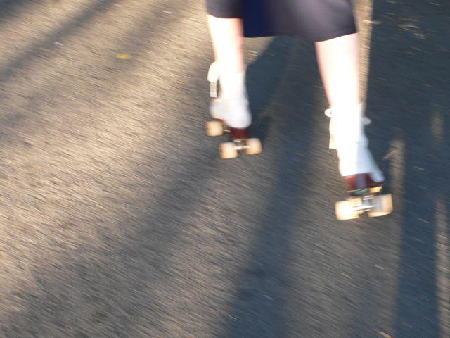 roller_skates-jpg
