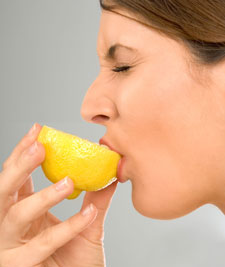 sour-lemon-eating-225_tcm18-94143-jpg