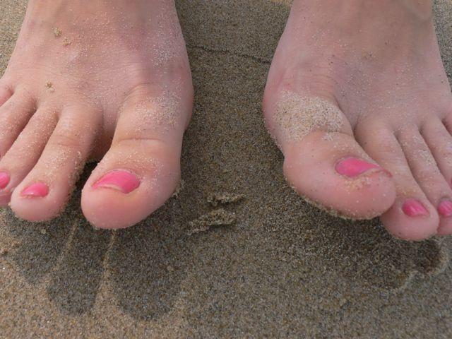 toes-jpg
