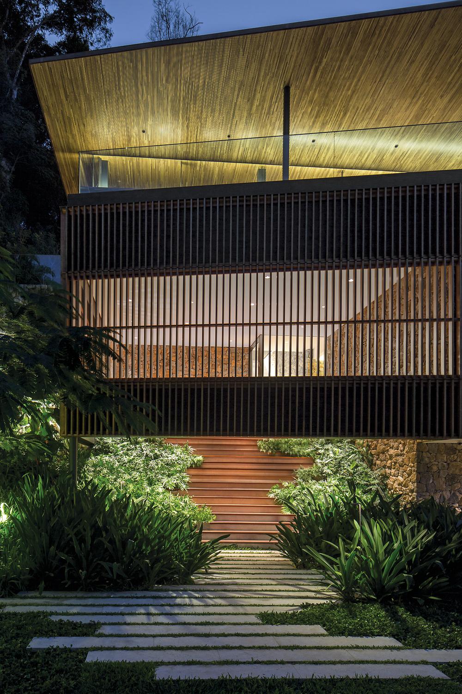 Casa TS - Tijucopava -Bernardes Arquitetura - Leonardo Finotti Photographer - 2.jpg