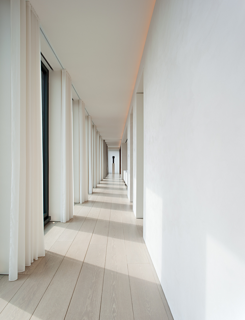 Schrager Apartment - John Pawson Architect - Gilbert McCarragher Photographer - 2.png