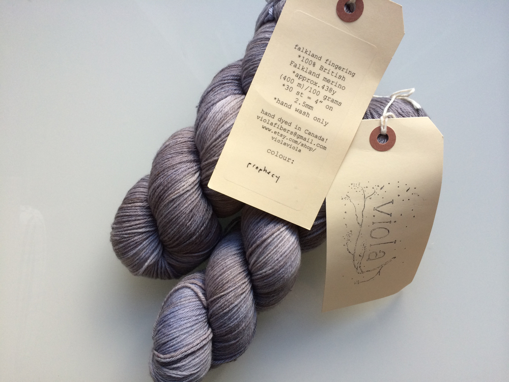 A beautiful pairing of smoky grey and soft lavender