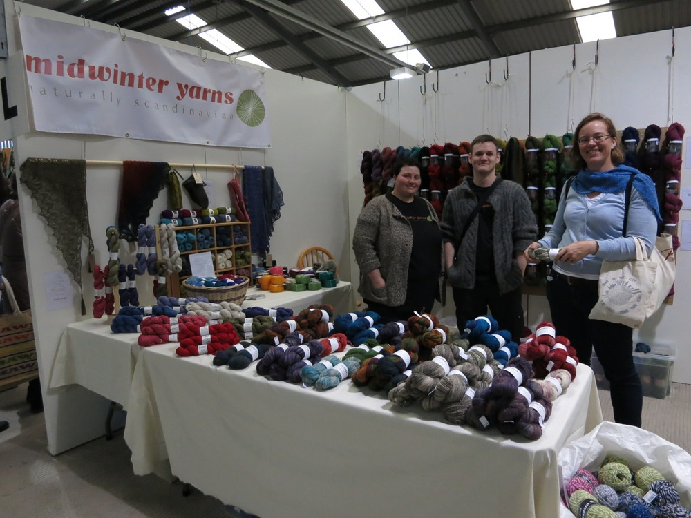 We made new friends at the new Midwinter Yarns.