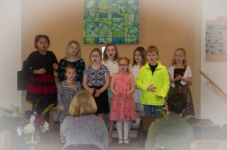Chidlren's choir.jpg