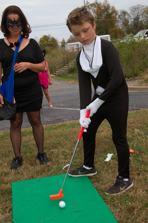 golfing fun 2.jpg