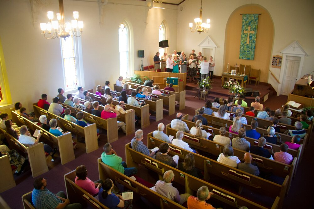 Congregation from balcony32016.jpg