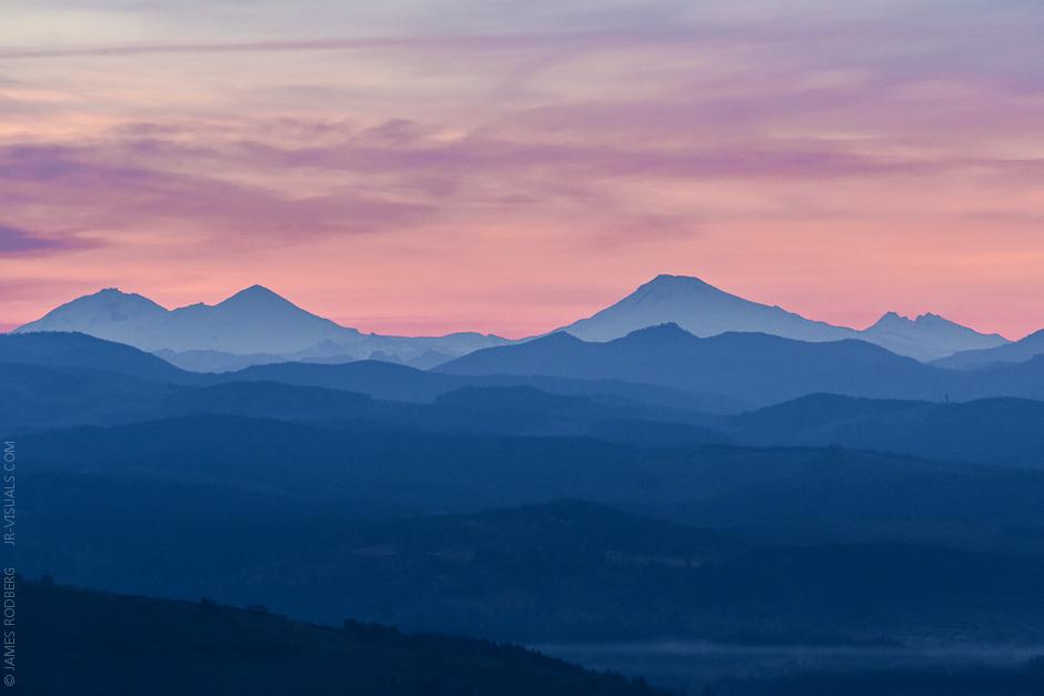 Cascade_Range_Sunrise_0474.jpg