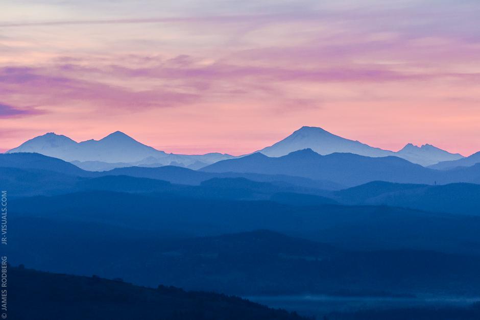 mountain-silhouette-three-sisters-broken-top-dawn_0474