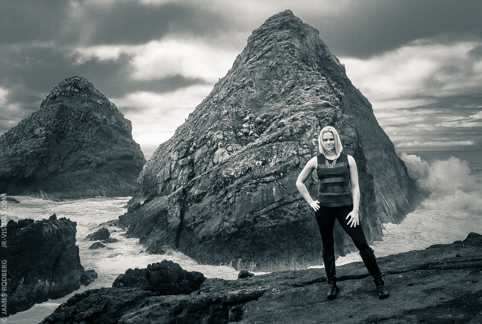 h-portrait-coast-ocean-rocks_1301