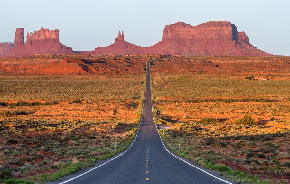 Monument Valley Morning Utah Arizona #6132-2