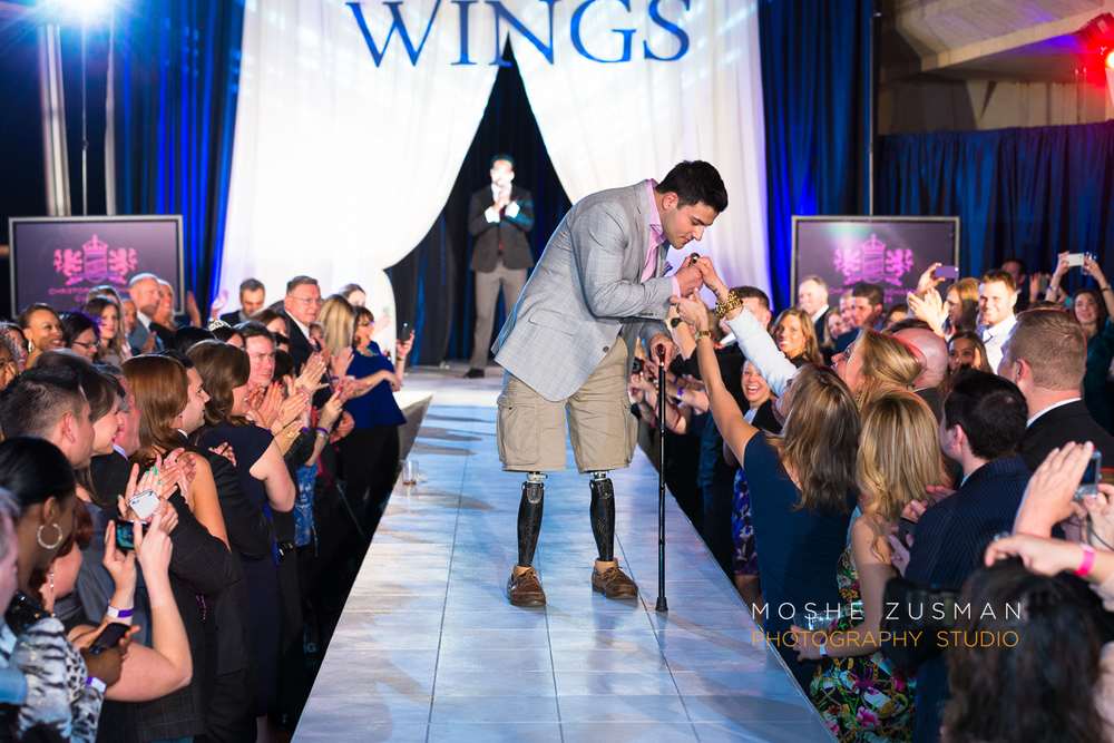 Lukes-wings-gala-event-wounded-warior-moshe-zusman-57.jpg