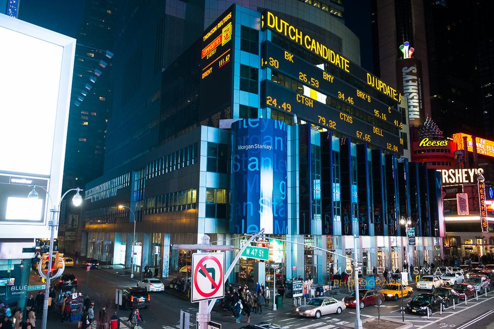 NYC-FujiFilm-X-E1-street-photography-night-9.jpg
