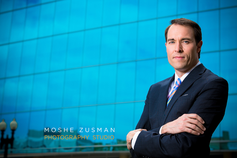professional-headshot-moshe-zusman-dc-photographer-corporate-portrait-8.jpg