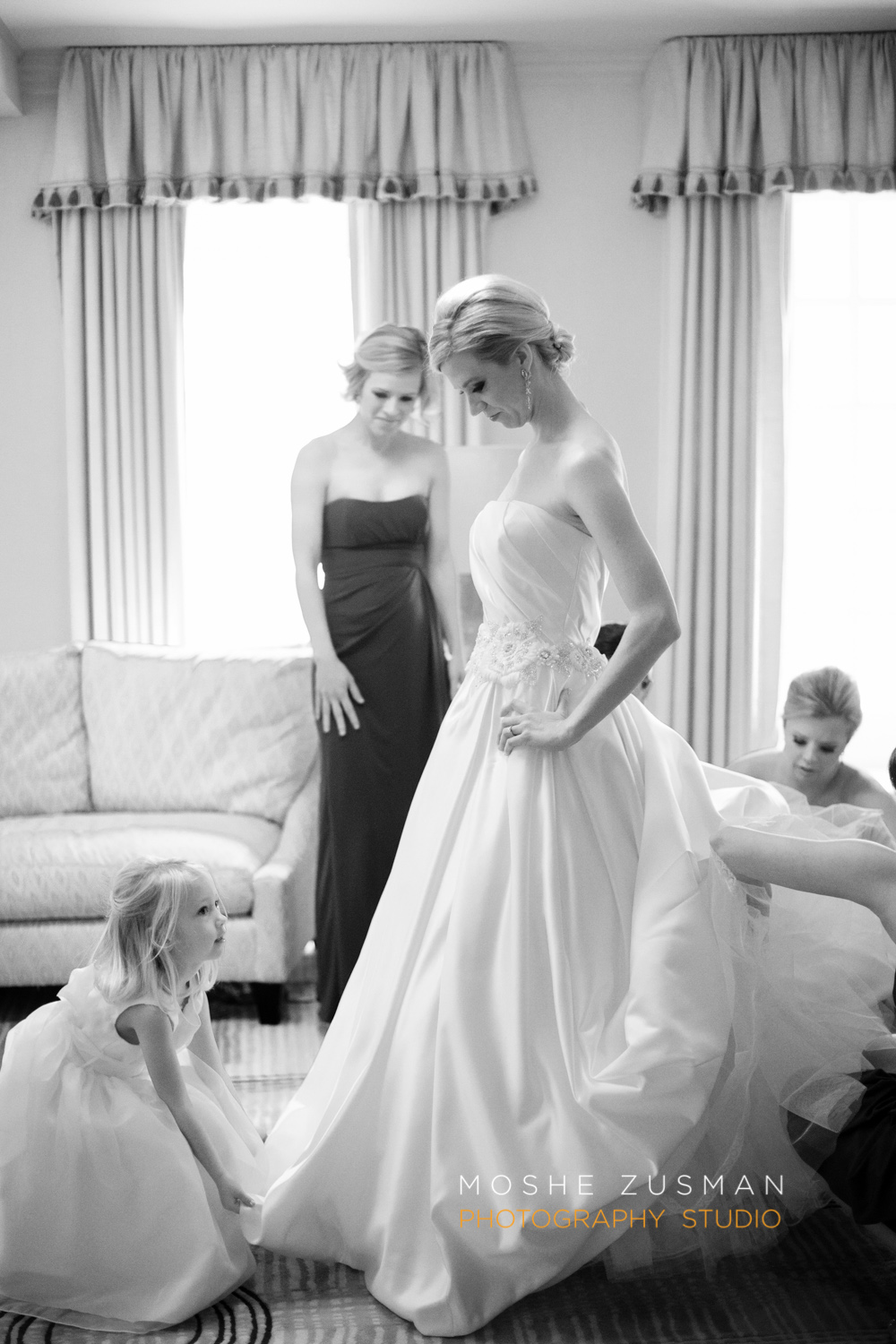 DC_Wedding_Photographer_Moshe_Zusman_Mayflower_Renaissance Washington-16.jpg