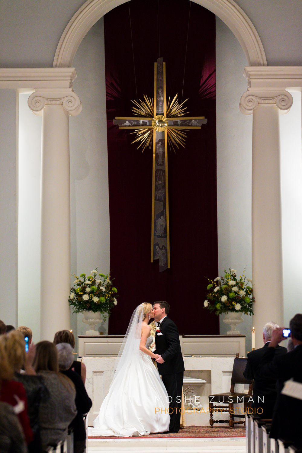 DC_Wedding_Photographer_Moshe_Zusman_Mayflower_Renaissance Washington-38.jpg