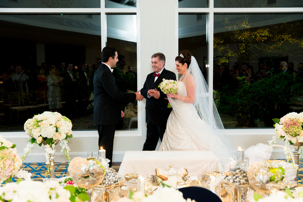 DC_persian_Wedding_Photographer_Moshe_Zusman_hilton_mclean-52.jpg