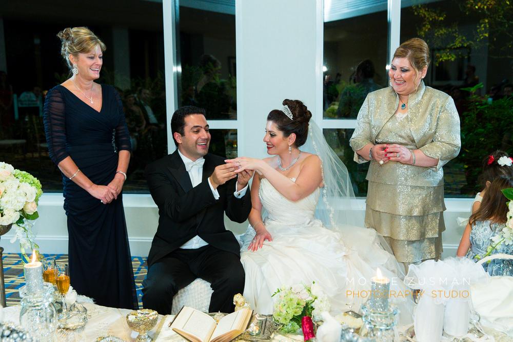 DC_persian_Wedding_Photographer_Moshe_Zusman_hilton_mclean-60.jpg
