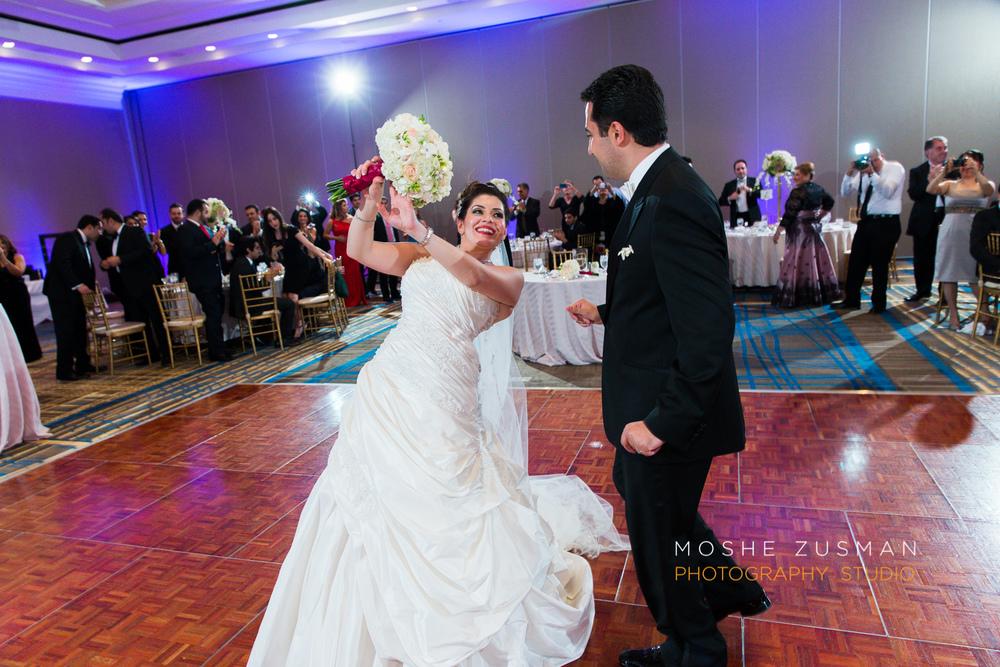 DC_persian_Wedding_Photographer_Moshe_Zusman_hilton_mclean-66.jpg