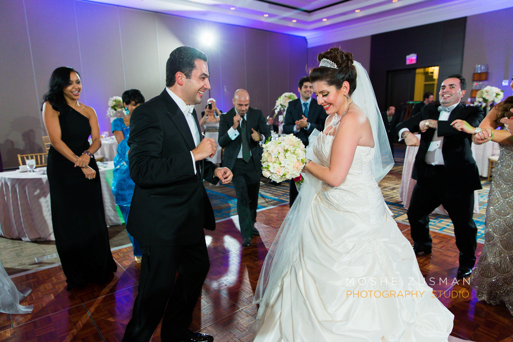 DC_persian_Wedding_Photographer_Moshe_Zusman_hilton_mclean-70.jpg