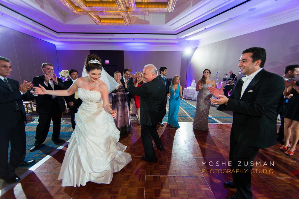 DC_persian_Wedding_Photographer_Moshe_Zusman_hilton_mclean-74.jpg