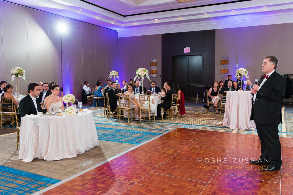 DC_persian_Wedding_Photographer_Moshe_Zusman_hilton_mclean-76.jpg