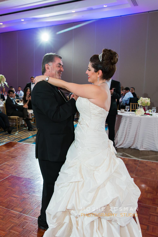 DC_persian_Wedding_Photographer_Moshe_Zusman_hilton_mclean-80.jpg