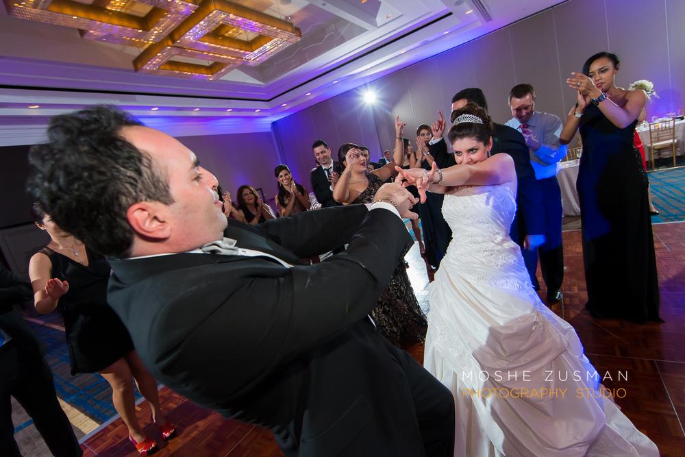 DC_persian_Wedding_Photographer_Moshe_Zusman_hilton_mclean-83.jpg