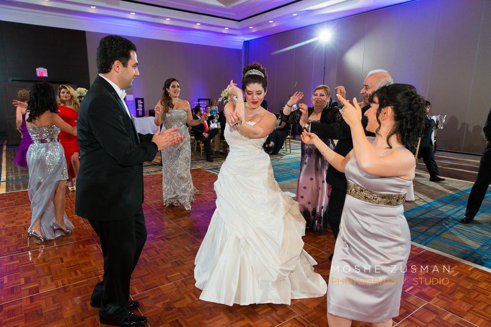 DC_persian_Wedding_Photographer_Moshe_Zusman_hilton_mclean-81.jpg