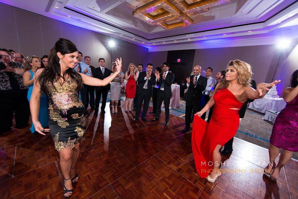 DC_persian_Wedding_Photographer_Moshe_Zusman_hilton_mclean-87.jpg