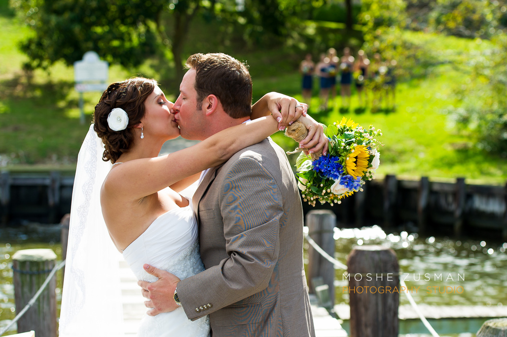 annapolis_Wedding_Photographer_Moshe_Zusman_Historic_London_Town_and_Gardens-25.jpg