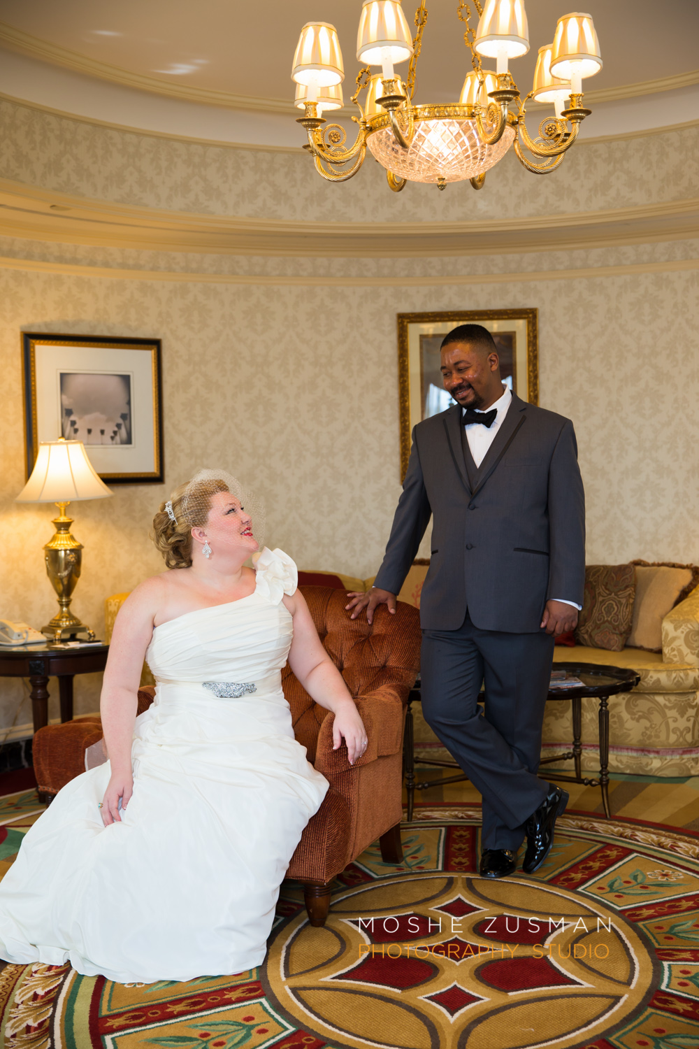 Washington_DC_Wedding_Photographer_Moshe_Zusman_Lincoln_Restaurant-20.jpg