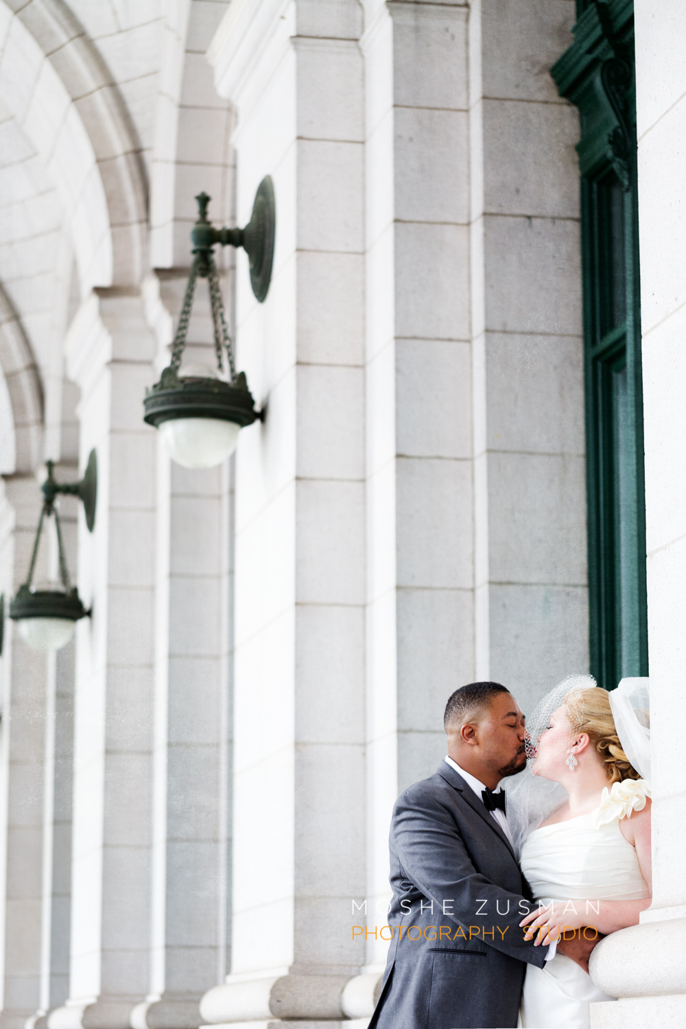 Washington_DC_Wedding_Photographer_Moshe_Zusman_Lincoln_Restaurant-33.jpg