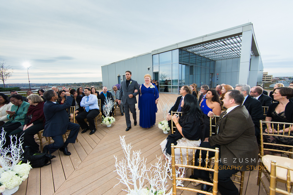 Washington_DC_Wedding_Photographer_Moshe_Zusman_Lincoln_Restaurant-45.jpg
