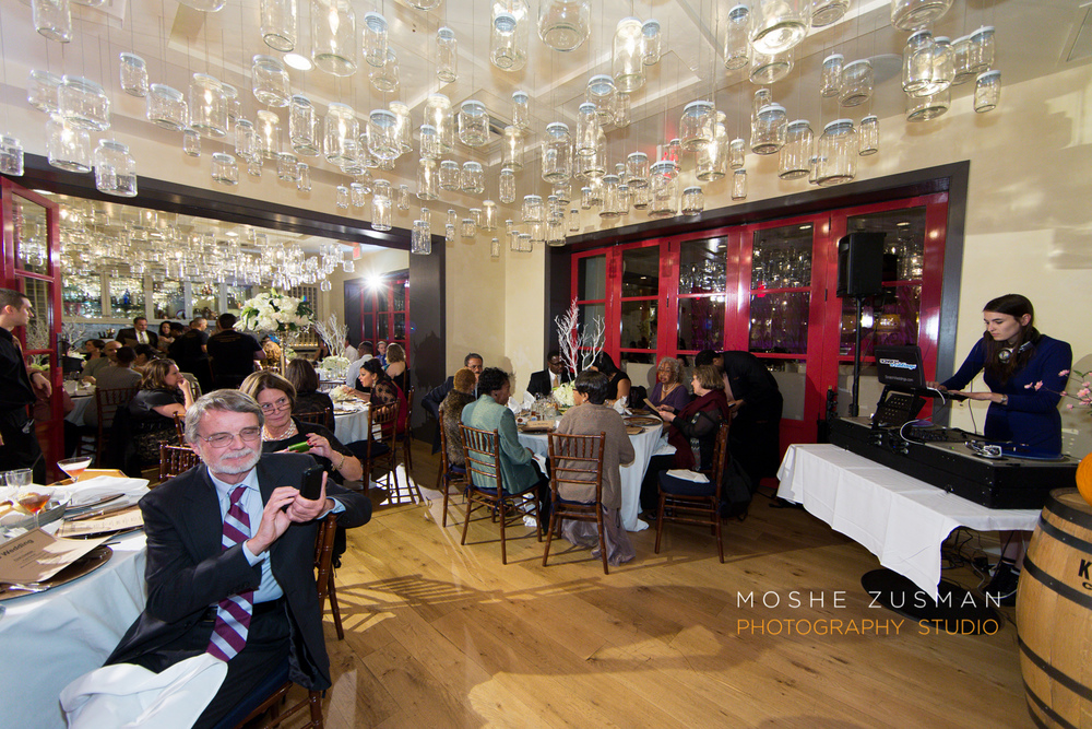 Washington_DC_Wedding_Photographer_Moshe_Zusman_Lincoln_Restaurant-62.jpg