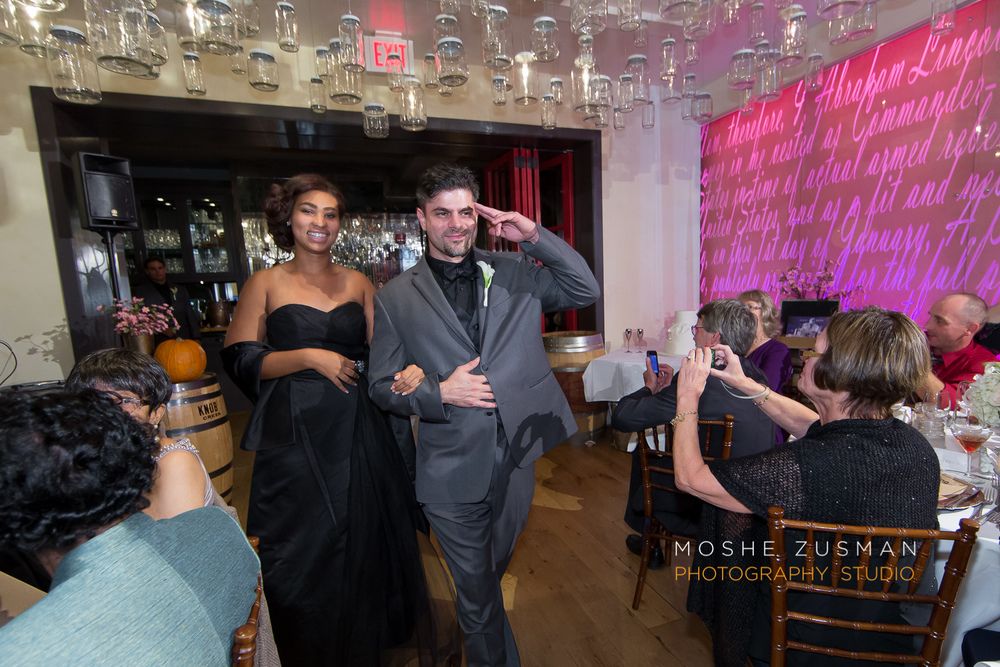 Washington_DC_Wedding_Photographer_Moshe_Zusman_Lincoln_Restaurant-63.jpg