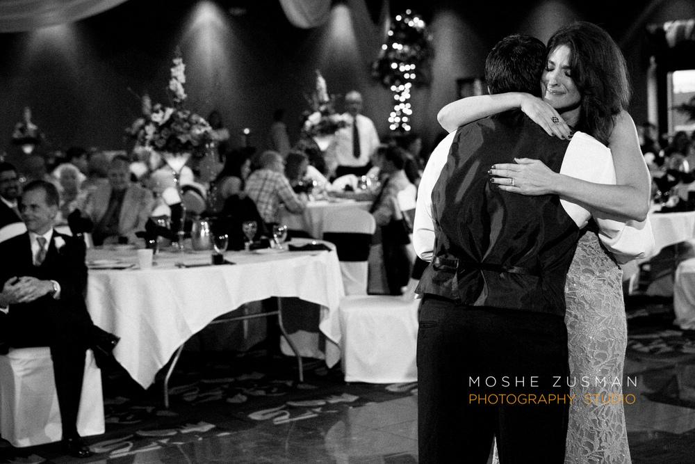 Moshe_Zusman_Wedding_Photography_Emily_Cameron_Eggly_Ohio-66.jpg