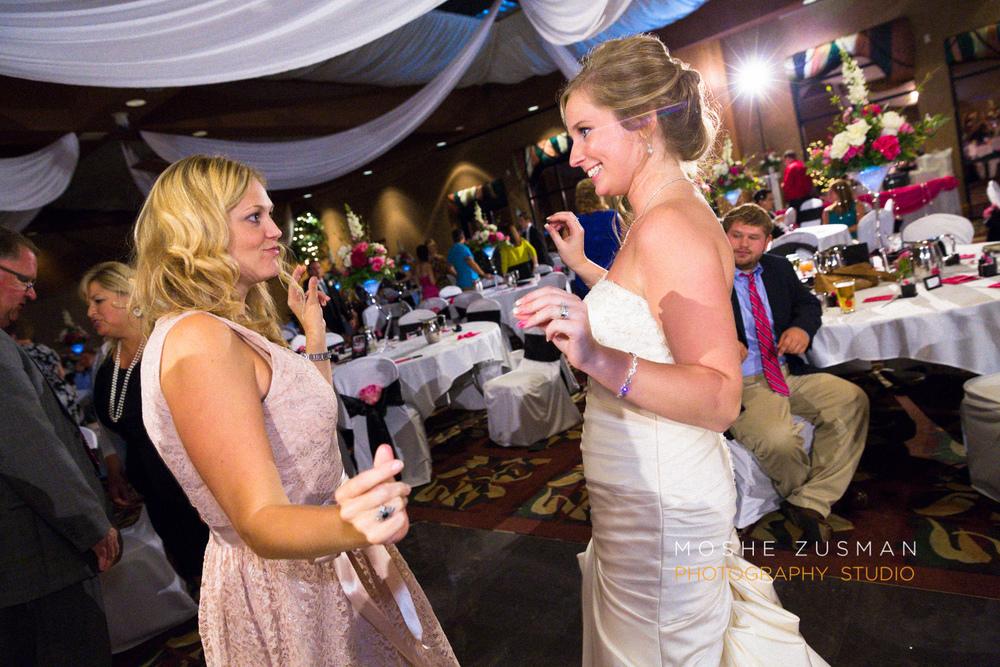 Moshe_Zusman_Wedding_Photography_Emily_Cameron_Eggly_Ohio-72.jpg