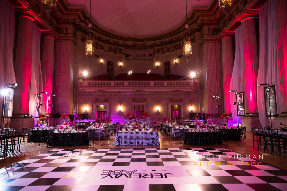 Bar-Mitzvah-photographer-moshe-zusman-RSVP-mellon-auditorium-23.jpg