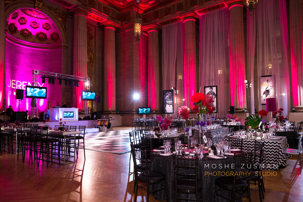 Bar-Mitzvah-photographer-moshe-zusman-RSVP-mellon-auditorium-27.jpg