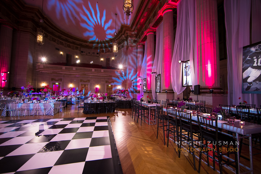 Bar-Mitzvah-photographer-moshe-zusman-RSVP-mellon-auditorium-31.jpg