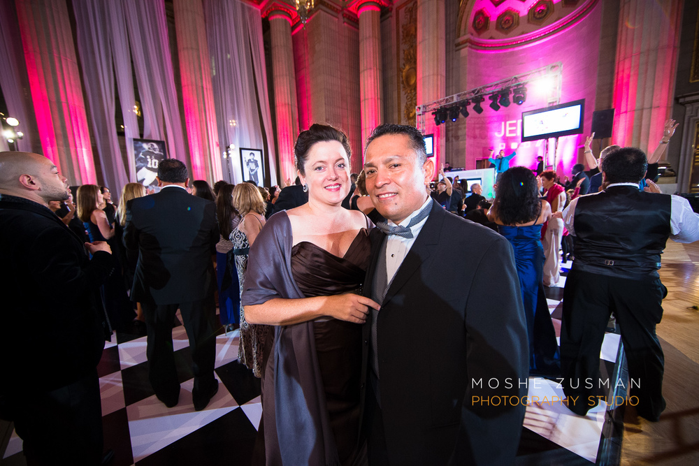 Bar-Mitzvah-photographer-moshe-zusman-RSVP-mellon-auditorium-47.jpg