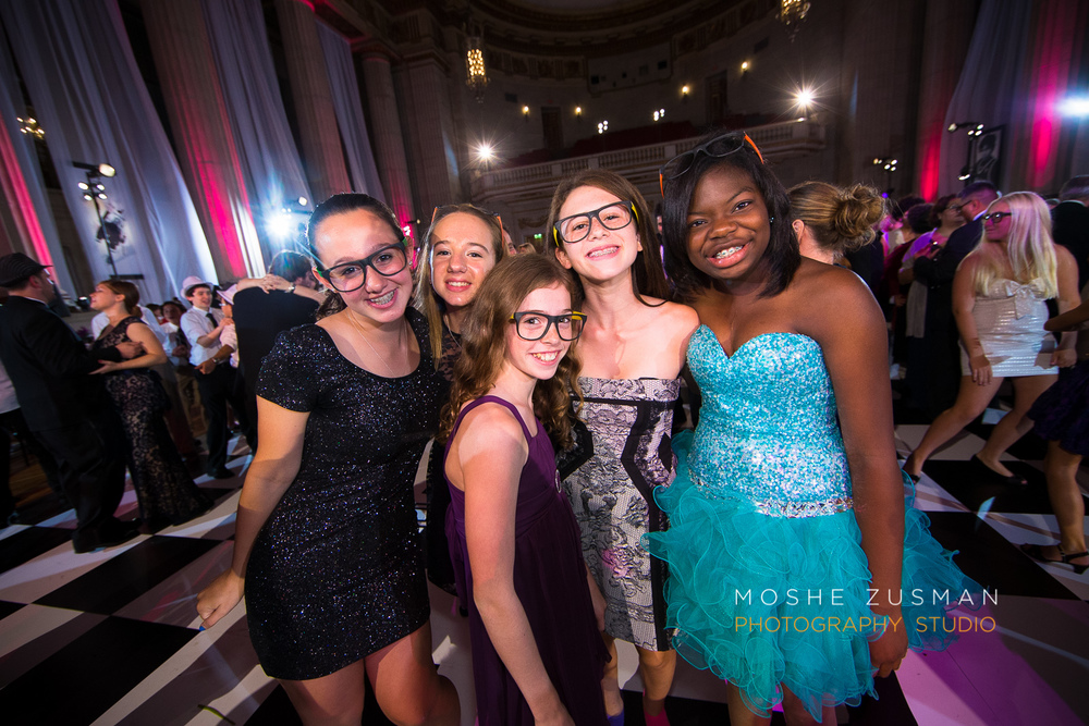 Bar-Mitzvah-photographer-moshe-zusman-RSVP-mellon-auditorium-64.jpg