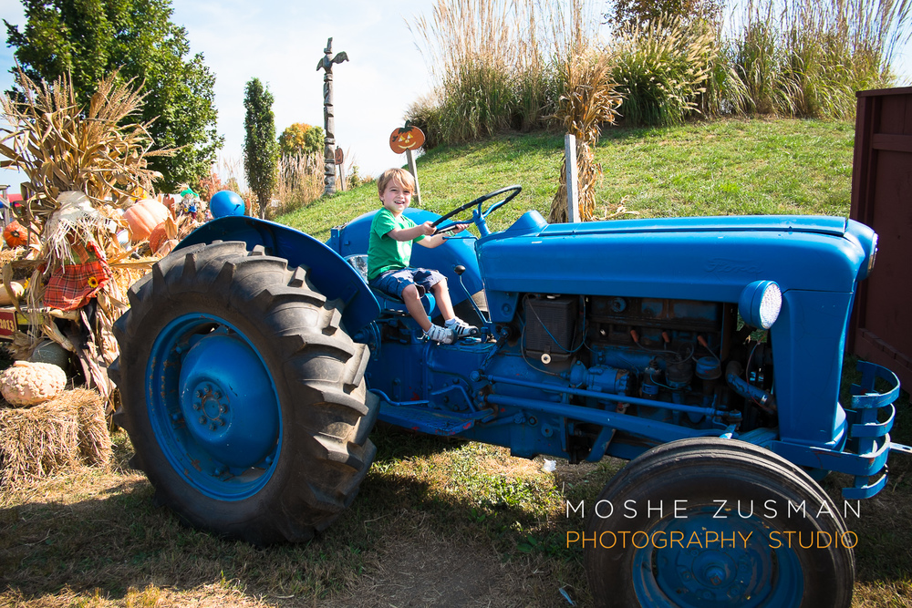 family-photos-moshe-zusman-cox-farms-fuji-x-e1-01.jpg