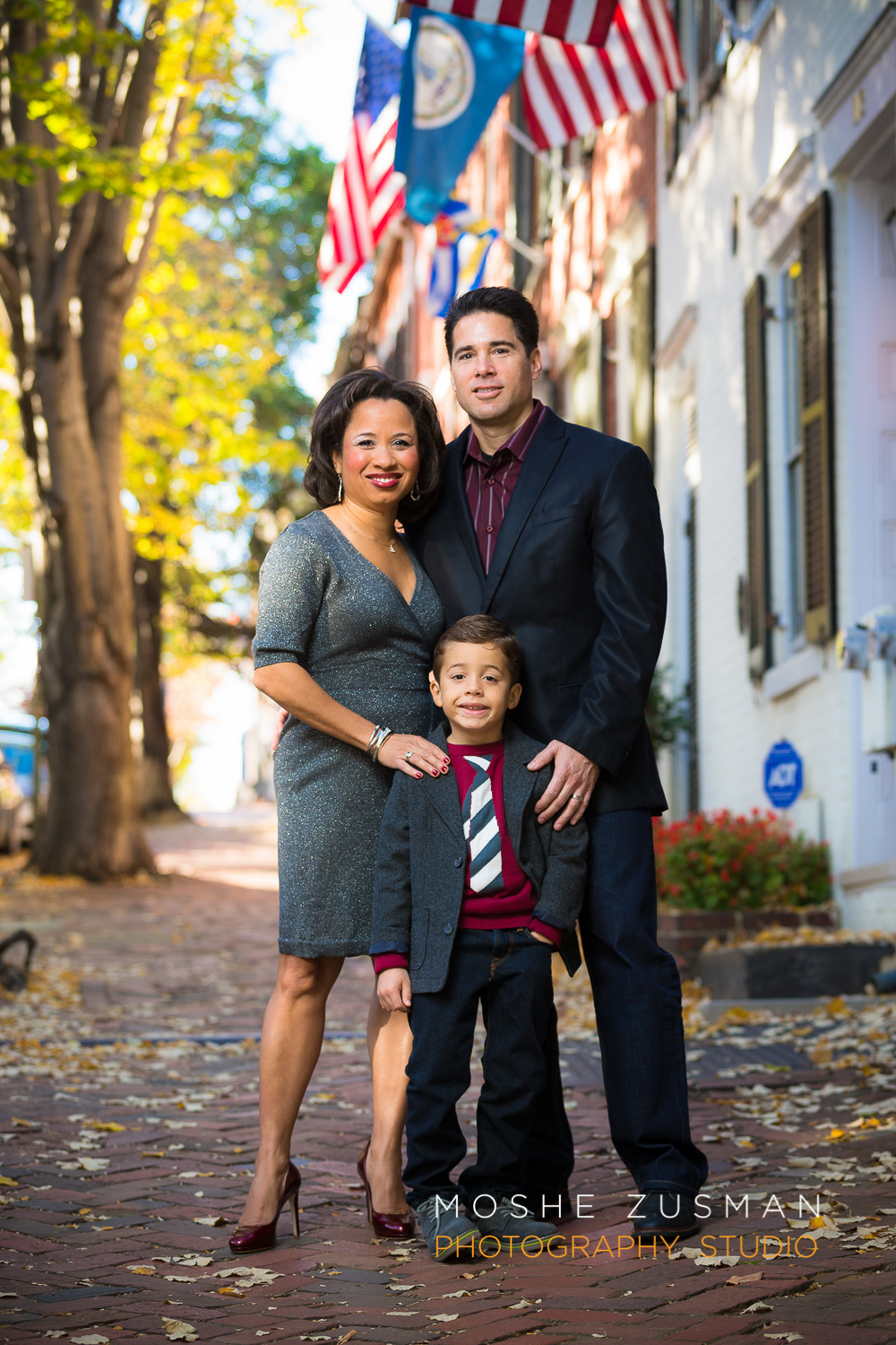 Family-portraits-moshe-zusman-photography-holiday-photos-old-town-alexandria-maurisa-turner-potts-02.jpg