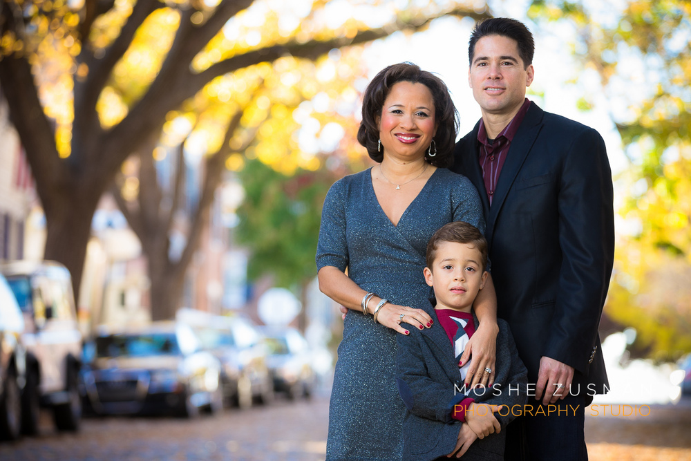 Family-portraits-moshe-zusman-photography-holiday-photos-old-town-alexandria-maurisa-turner-potts-07.jpg