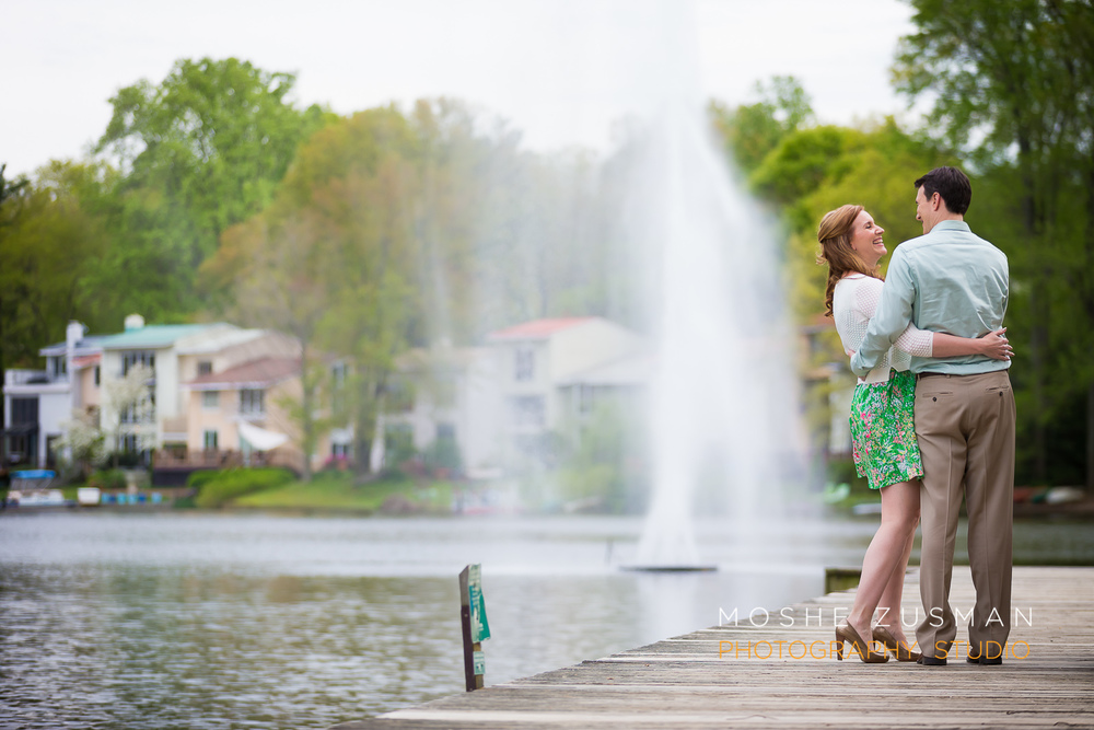 Moshe-Zusman-Engagement-Photo-Shoot-Lake-Anne-Reston-Virginia-Abby-Matt-05.jpg