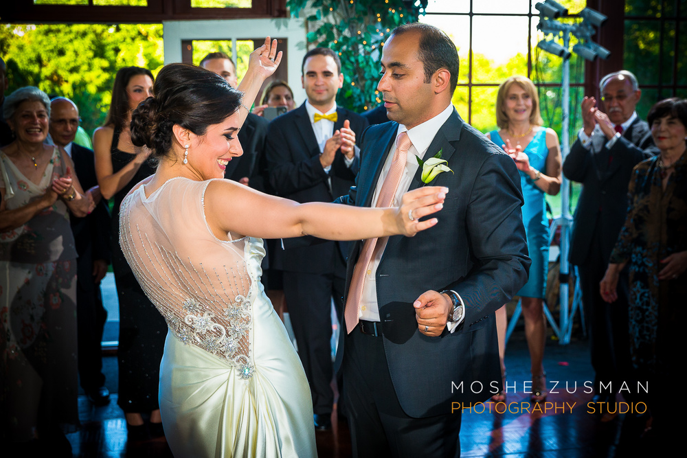 Raspberry_Plain_Persian_Wedding_Moshe_Zusman_37 .jpg